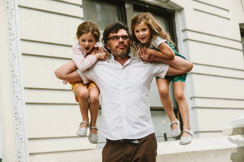 """Jemaine Clement, from """"Flight of the Conchords,"""" plays a single dad raising twins (portrayed by Aundrea, left, and Gia Gadsby) in """"People Places Things."""" (Ryan Muir)"""