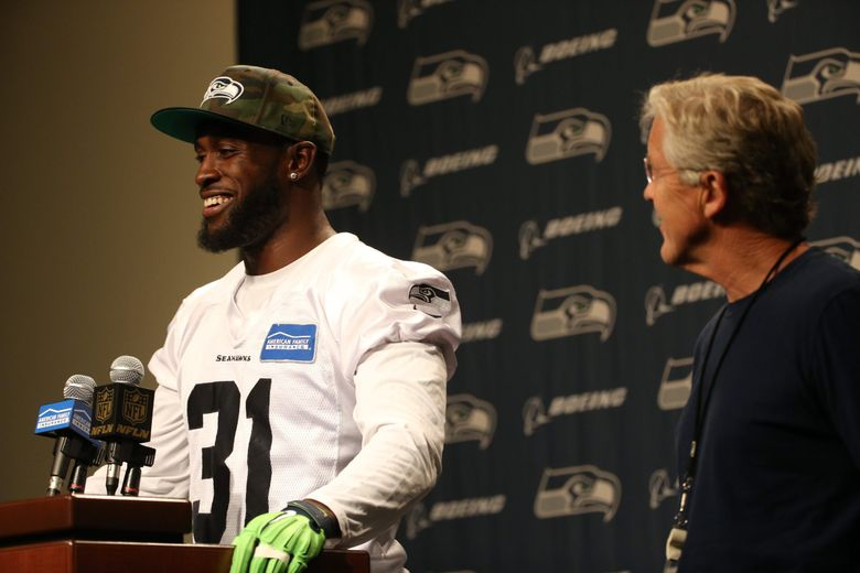 Seahawks safety Kam Chancellor returns to the Virginia Mason Athletic Center in Renton for practice after a contract holdout on Wednesday. (Bettina Hansen / The Seattle Times)