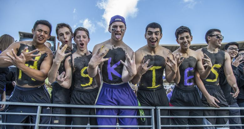 Fans show their support at Husky Stadium. (Seattle Times file photo)