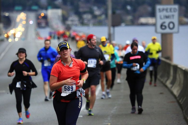 """The Seattle Marathon takes place Sunday, Nov. 29. For more information, see the listing under """"Running.""""  (ERIKA SCHULTZ/The Seattle Times)"""