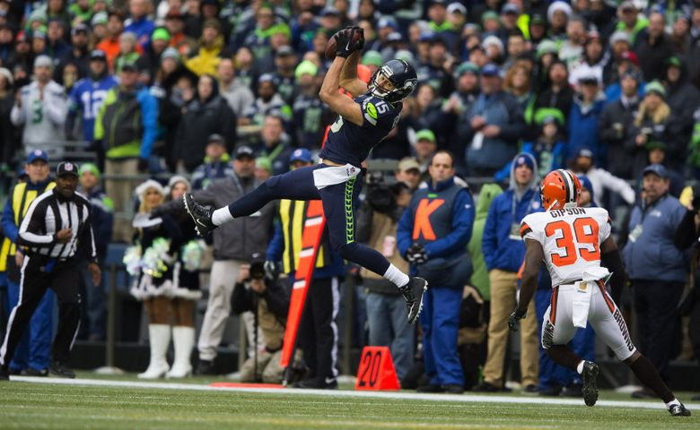 Seahawks wide receiver Jermaine Kearse makes a catch for a 20-yard gain and a first down in the second quarter at CenturyLink Field, Sunday, Dec. 20, 2015. (Dean Rutz/The Seattle Times)