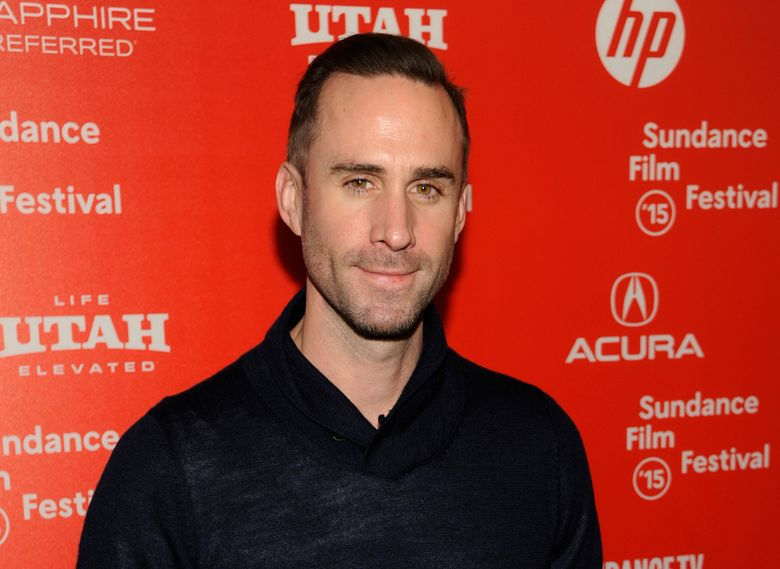 """FILE – In this Friday, Jan. 23, 2015 file photo, Joseph Fiennes, a cast member in """"Strangerland,"""" poses  at the premiere of the film at the Egyptian Theatre during the 2015 Sundance Film Festival, in Park City, Utah. Joseph Fiennes will star as Michael Jackson in a TV drama set to broadcast later this year, it was reported on Wednesday, Jan. 27, 2016. The white British star of """"Shakespeare in Love"""" plays the late King of Pop in """"Elizabeth, Michael and Marlon,"""" alongside Stockard Channing as Elizabeth Taylor and Brian Cox as Marlon Brando. (Photo by Chris Pizzello/Invision/AP, File)"""