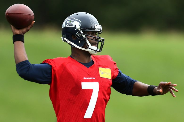 Seahawks quarterback Tarvaris Jackson throws for the first day of minicamp June 17, 2014, at the Virginia Mason Athletic Center in Renton. (Bettina Hansen / The Seattle Times)