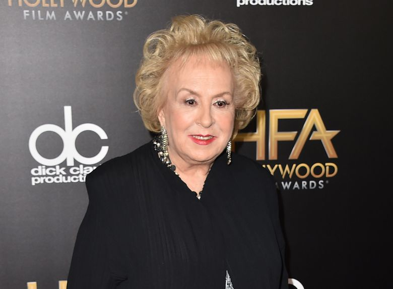 """FILE – In this Nov. 1, 2015 file photo, Doris Roberts arrives at the Hollywood Film Awards in Beverly Hills, Calif. Roberts, who played the endlessly meddling mother on CBS' """"Everybody Loves Raymond,"""" was remembered Monday as a tireless actress, a loyal friend and someone who could make even a monster on TV be adored. Roberts died April 17 at age 90. (Photo by Jordan Strauss/Invision/AP, File)"""