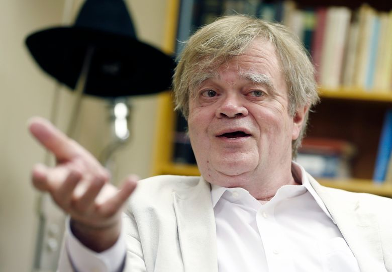 """FILE – In this July 20, 2015 file photo, Garrison Keillor, creator and host of """"A Prairie Home Companion,"""" appears during an interview in St. Paul, Minn. Keillor will host what he's calling """"The Minnesota Show"""" on Sept. 2, 2016, from the Minnesota State Fair. It'll be broadcast on public radio stations nationally the following evening. (AP Photo/Jim Mone, File)"""