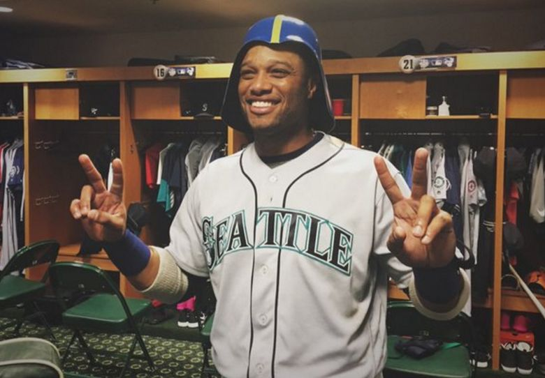 (Photo from @Mariners Twitter account)