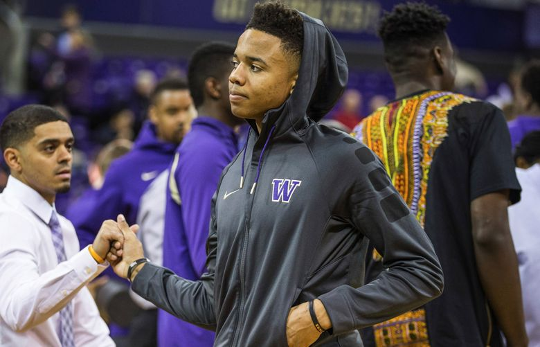 Future Husky Markelle Fultz was on hand to watch Saturday's game with Arizona.  The 23rd-ranked Arizona Wildcats mens basketball team played the University of Washington at Alaska Airlines Arena Saturday, February 6, 2016.