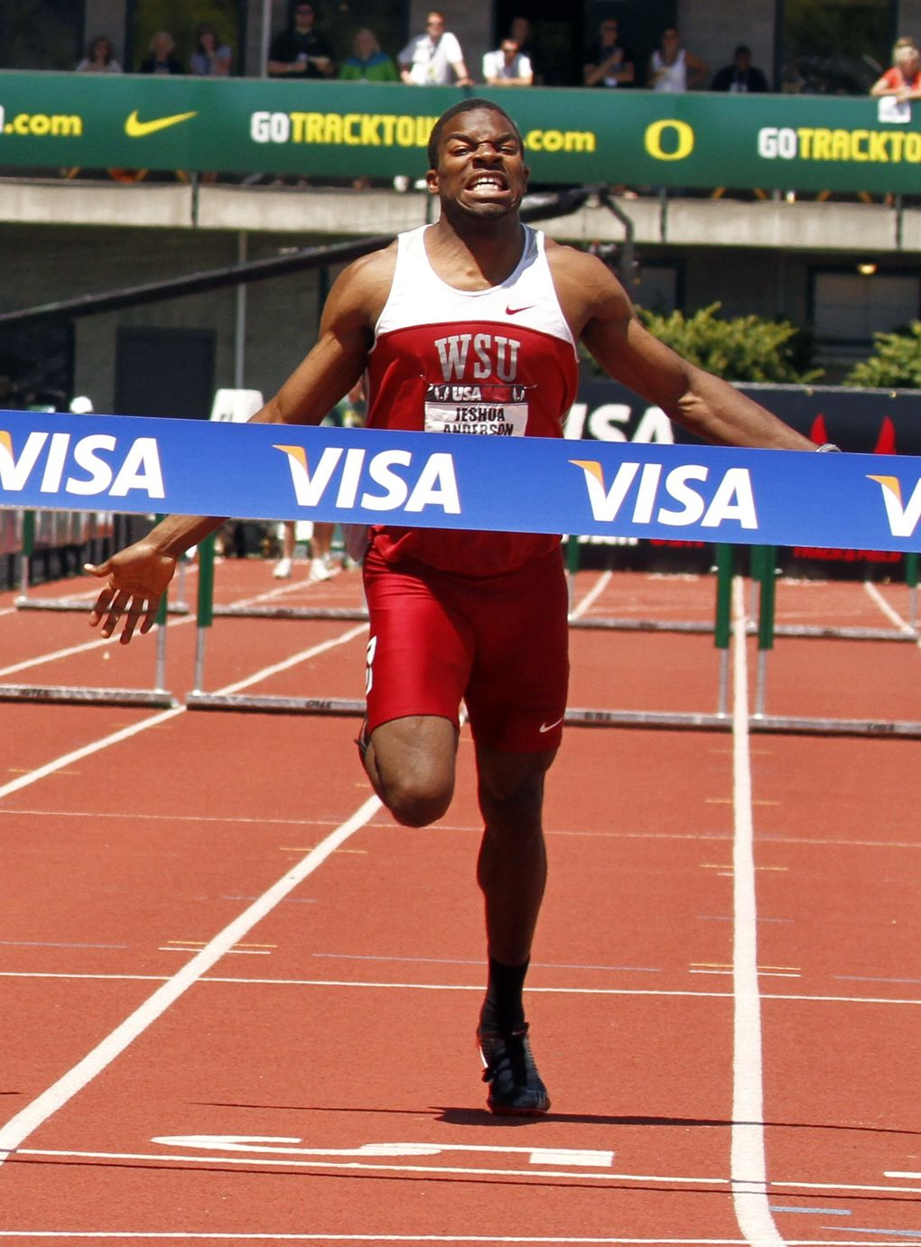 Jeshua Anderson wins the 400-meter hurdles at the 2011 U.S. track and field championships. In April 2012, he pulled his hamstring and the injury kept troubling him. (Don Ryan/ASSOCIATED PRESS)