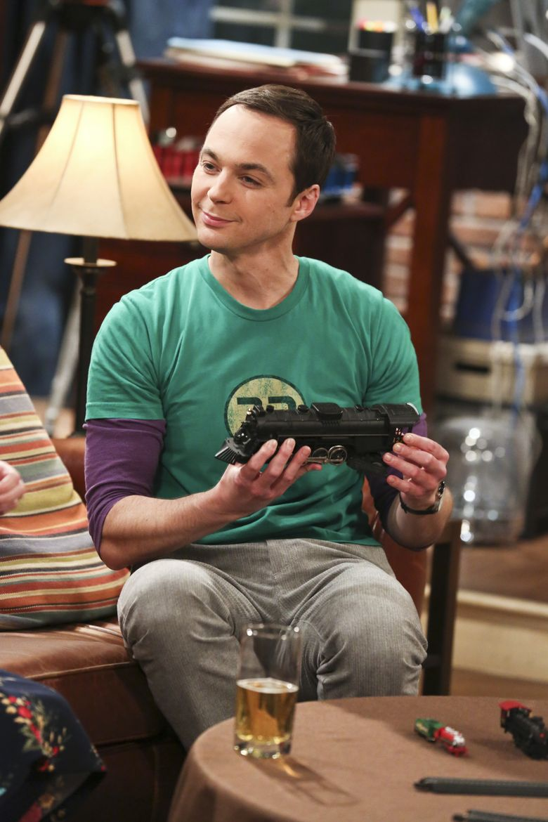 """FILE – In this image released by CBS, Jim Parsons appears in a scene from """"The Big Bang Theory."""" The series about brainiacs and those who love them has an ensemble cast lead by Jim Parsons, Johnny Galecki,, Kaley Cuoco and Mayim Bialik. It begins its 10th season at 8 p.m. EDT Monday, Sept. 19. (Michael Yarish/CBS via AP, File)"""