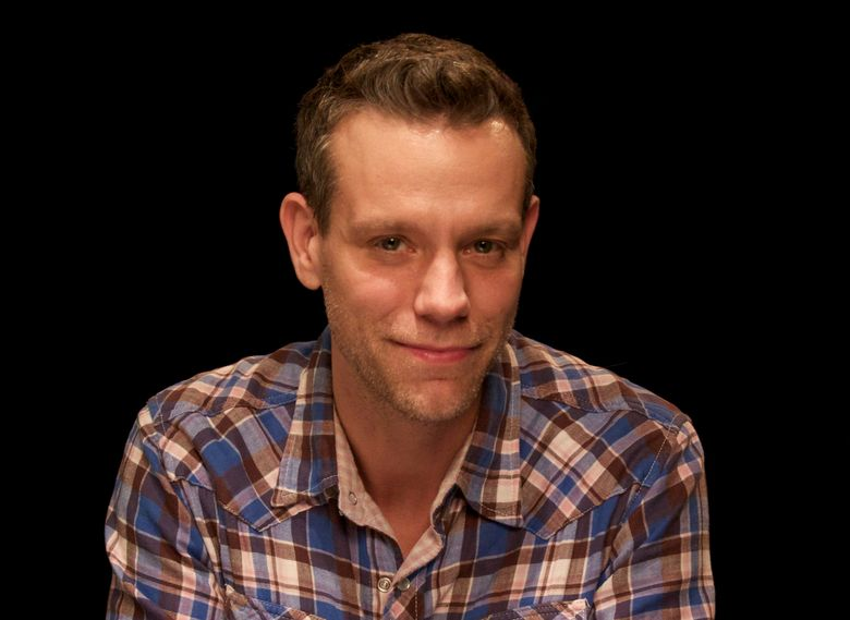 """FILE – In this Nov. 11, 2011 file photo, actor Adam Pascal is shown in New York. Pascal, last seen on Broadway in """"Disaster!,"""" takes over the role of William Shakespeare in """"Something Rotten,"""" on Nov. 7, 2016, and will play the role until the show's final Broadway performance on Jan. 1.   (AP Photo/John Carucci, File)"""