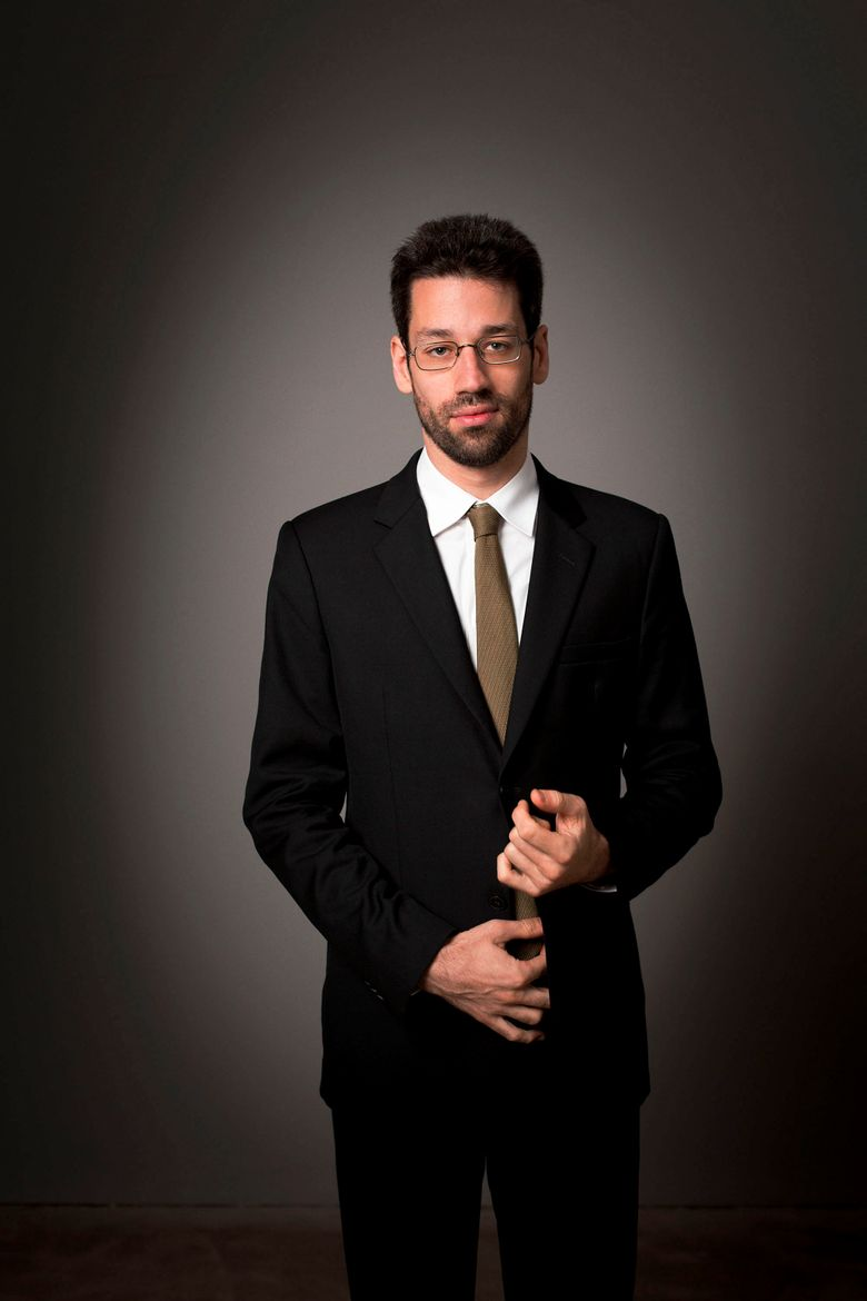 """""""I began noticing that a disproportionate number of the pieces I love and am drawn to by many different composers comes from late in life,"""" reflects pianist Jonathan Biss. (Benjamin Ealovega)"""