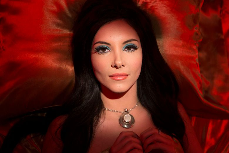 """The central character of """"The Love Witch,"""" played by Samantha Robinson, uses magic to get men to fall for her.  (dietl)"""