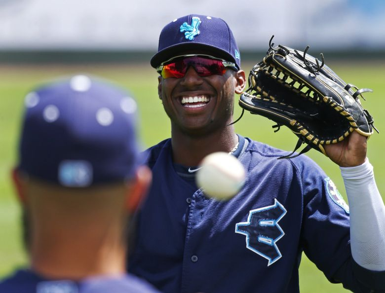 Mariners first-round draft pick, Everett AquaSox outfielder Kyle Lewis, warms up before a game against Spokane, Sunday, July 10, 2016, in Everett.  (Ken Lambert / The Seattle Times)