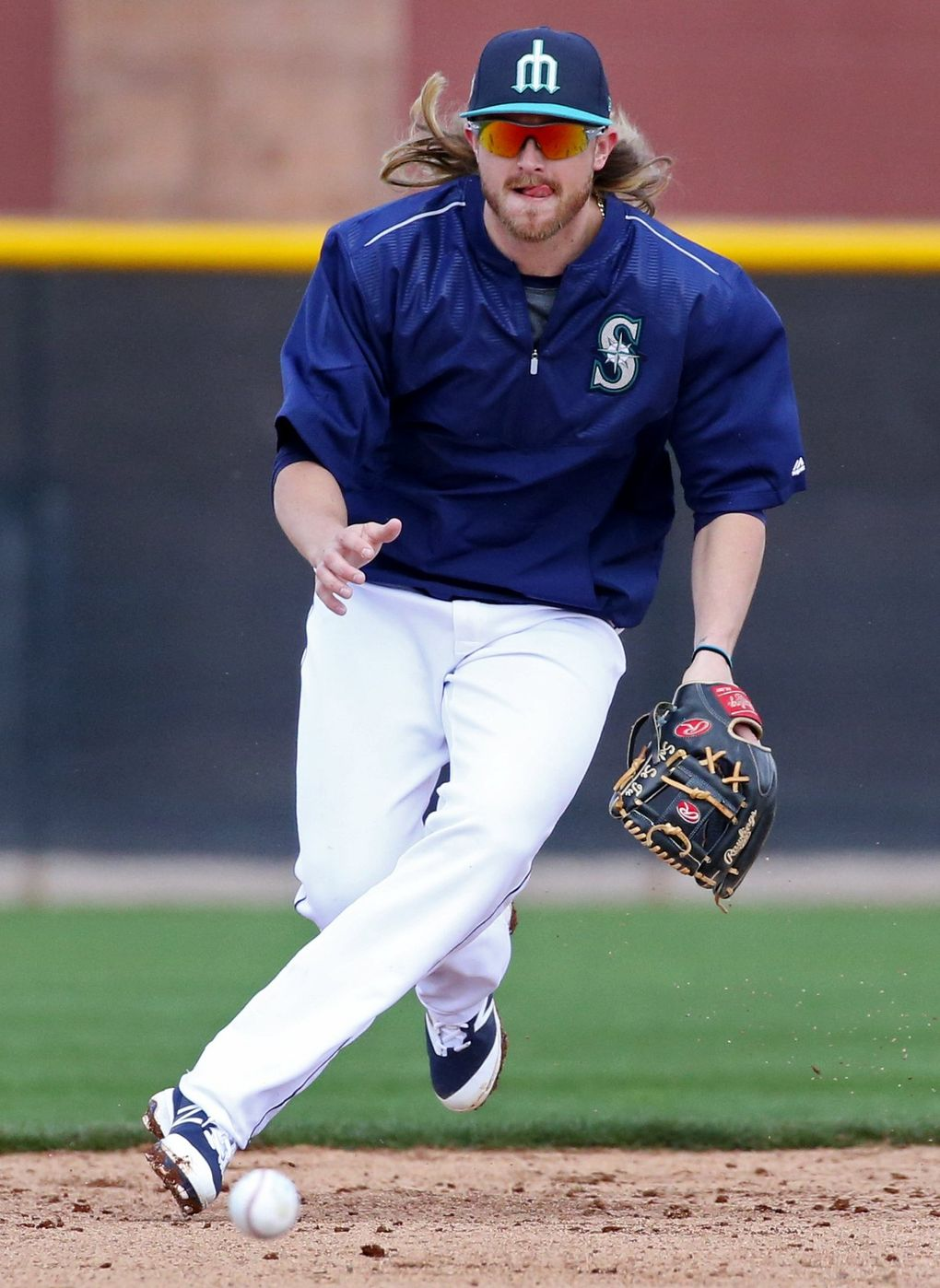 Taylor Motter during Mariners spring training, Monday, Feb. 20, 2017, in Peoria, Ariz. (Ken Lambert / The Seattle Times)