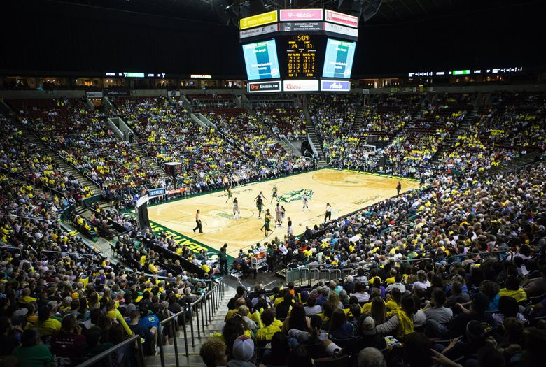 Storm fans pack KeyArena during a home game against the Minnesota Lynx at KeyArena on May 22, 2016.   (Lindsey Wasson / The Seattle Times)
