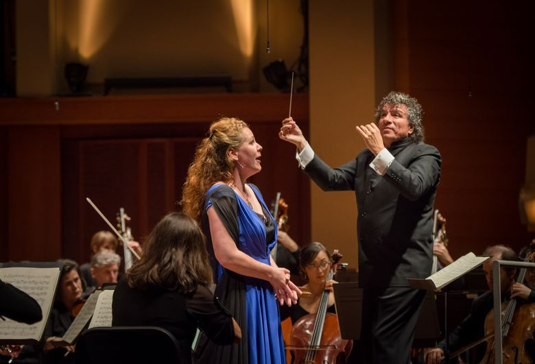 """Guest conductor Giancarlo Guerrero leads the Seattle Symphony in Mahler's """"Resurrection"""" Symphony with mezzo-soprano Christianne Stotijn. (Carlin Ma)"""