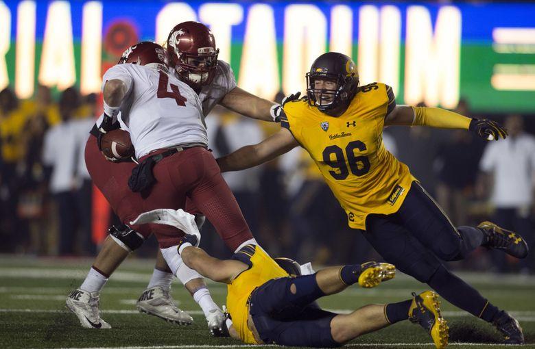 Washington State starting quarterback Luke Falk (4) had a tough time against California. (AP Photo/D. Ross Cameron) CARC127 CARC127 (D. Ross Cameron / The Associated Press)