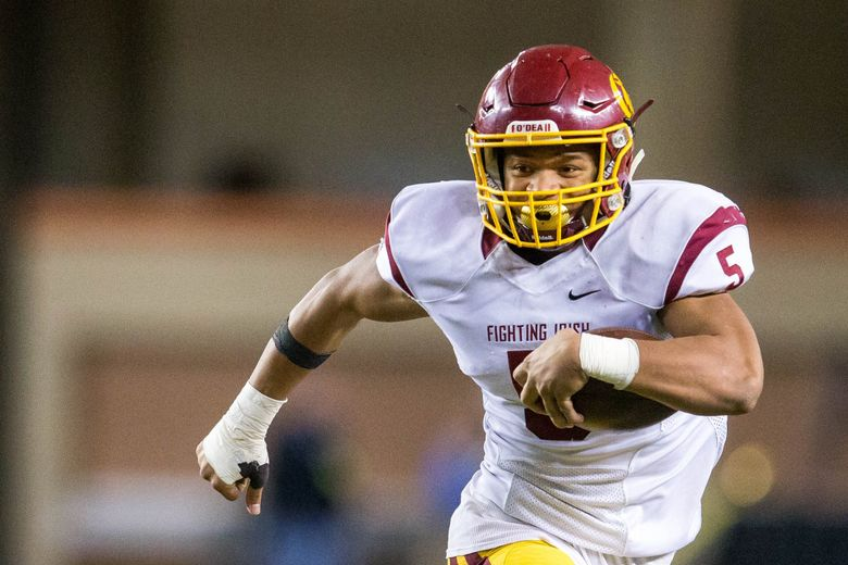 Jamyn Patu (5) of O'Dea rushed for 272 yards in the Class 3A state title game, a win over Rainier Beach. (Courtney Pedroza / The Seattle Times)