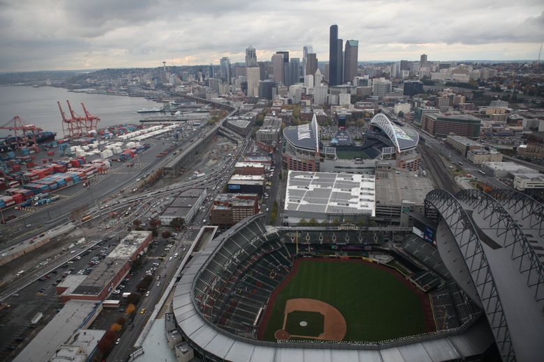 The Mariners on Wednesday agreed to a new 25-year lease at Safeco Field, their home since partway through the 1999 season. (Aaron Jaffe / The Seattle Times)