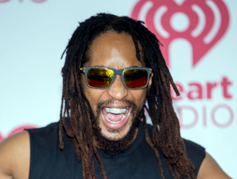 """FILE – In this Sept. 20, 2014, file photo, Lil Jon arrives at the iHeart Radio Music Festival at The MGM Grand Garden Arena in Las Vegas. Lil Jon says he understands Maroon 5's decision to cancel its news conference to discuss the band's Super Bowl halftime performance with reporters. Maroon 5, with frontman Adam Levine, was supposed to speak with the media Thursday, Jan. 31, 2019, to promote their Super Bowl 53 appearance, but decided to cancel and let their """"show do the talking.""""  (Photo by Andrew Estey/Invision/AP, File)"""