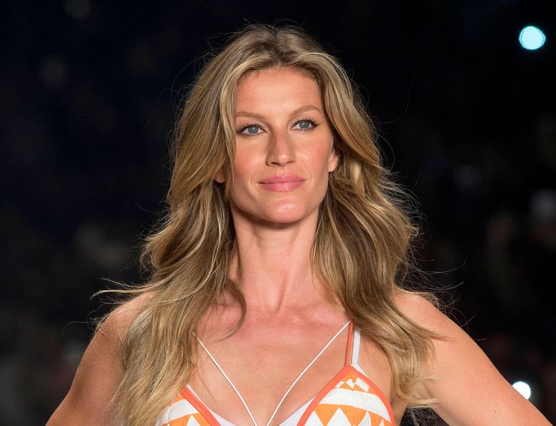 """FILE – In this April 15, 2015 file photo, Brazilian supermodel Gisele Bundchen wears a creation from the Colcci Summer collection at Sao Paulo Fashion Week in Sao Paulo, Brazil. Bundchen is firing back at Brazil's agriculture minister for saying she is a """"bad Brazilian"""" for denouncing deforestation. Bundchen said Wedbesday, Jan. 17, 2019, that she would be happy to promote any actions toward sustainability and that her comments on the environment are based on science. She says those behind deforestation are the """"bad Brazilians."""" (AP Photo/Andre Penner, File)"""