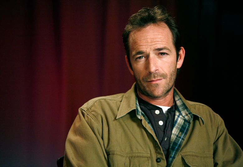"""FILE – In this Jan. 26, 2011 file photo, actor Luke Perry poses for a portrait in New York. Perry, who gained instant heartthrob status as wealthy rebel Dylan McKay on """"Beverly Hills, 90210,"""" died Monday, March 4, 2019, after suffering a massive stroke, his publicist said. He was 52. (AP Photo/Jeff Christensen, File)"""