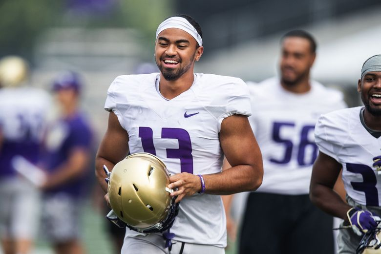 Huskies linebacker Brandon Wellington is pictured during UW fall practice in 2018. (Dean Rutz / The Seattle Times)