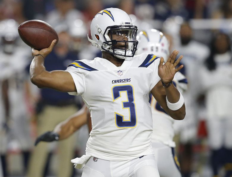 Former Los Angeles Chargers quarterback Geno Smith throws in a 2018 preseason game against the Arizona Cardinals in Glendale, Ariz. (Ross D. Franklin / The Associated Press)
