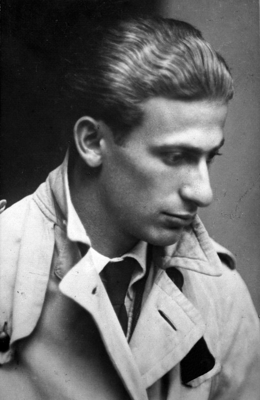 "Jewish Hungarian poet Miklós Radnóti, whose verse inspired ""The Parting."" (Public domain)"