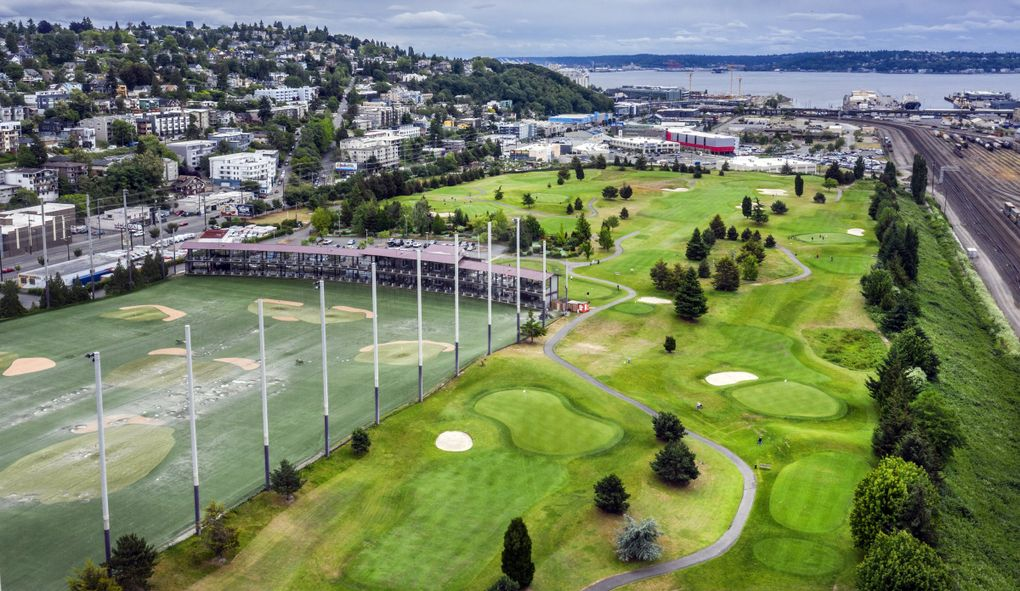 View looking south of the Interbay golf course, which sits between the Queen Anne, at left, and Magnolia neighborhoods. (Steve Ringman / The Seattle Times)