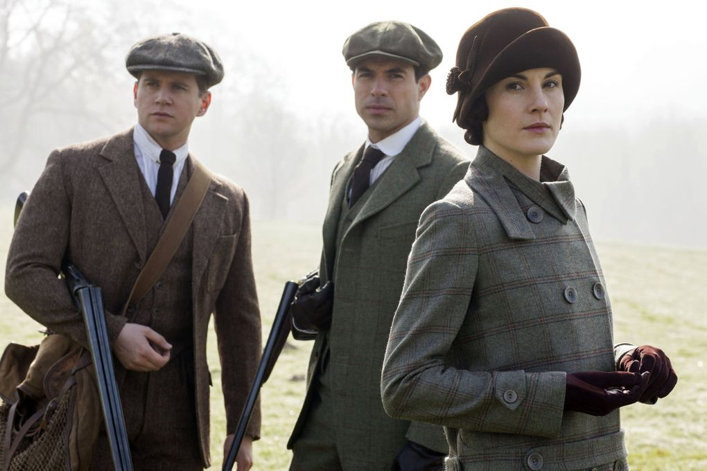 """Allen Leech as Tom Branson, Tom Cullen as Lord Gillingham and Michelle Dockery as Lady Mary in a scene from season five of the """"Downton Abbey"""" television series. (Nick Briggs / Carnival Films)"""