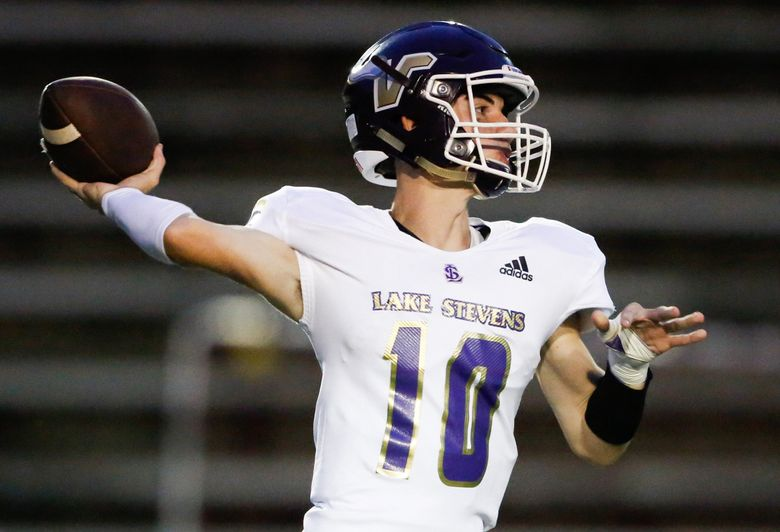 Lake Stevens quarterback Tanner Jellison drops back to pass in the second quarter. Lincoln played Lake Stevens in a football game at the Lincoln Bowl in Tacoma, Wash., on Friday, Sept. 13, 2019.    (Joshua Bessex / joshua.bessex@gateline.com)