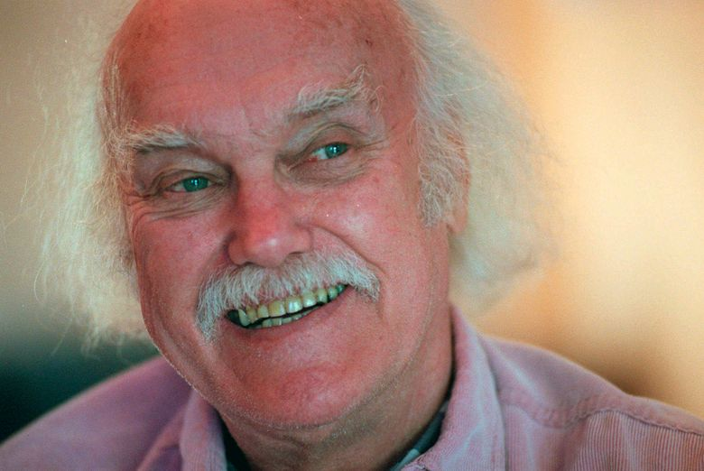 """FILE – In this Oct. 21, 1998 file photo, Ram Dass, best known for the 1971 bestseller """"Be Here Now,"""" smiles during an interview at his San Anselmo, Calif., home. The 1960s counterculture spiritual leader and early LSD proponent died, Sunday, Dec. 22, 2019 at his home in Maui, Hawaii. He was 88. (AP Photo/Susan Ragan, File)"""