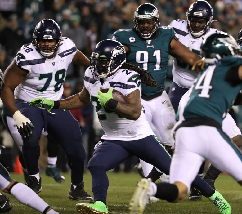 Seattle Seahawks running back Marshawn Lynch, center, scores a touchdown in the second quarter against the Philadelphia Eagles on Sunday, Jan. 5, 2020 at Lincoln Financial Field in Philadelphia, Pa. (David Maialetti/The Philadelphia Inquirer/TNS) 1532952 1532952 (David Maialetti / TNS)