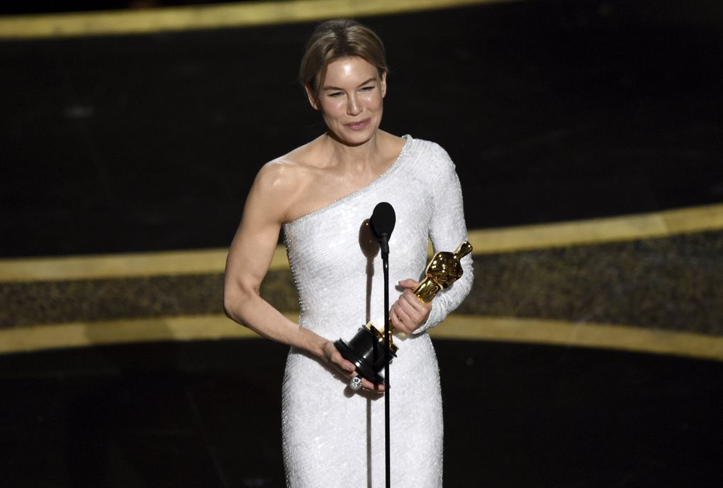 """Renee Zellweger accepts the award for best performance by an actress in a leading role for """"Judy"""" at the Oscars on Sunday, Feb. 9, 2020, at the Dolby Theatre in Los Angeles. (AP Photo/Chris Pizzello) CADC401 CADC401 (Chris Pizzello / Chris Pizzello/Invision/AP)"""