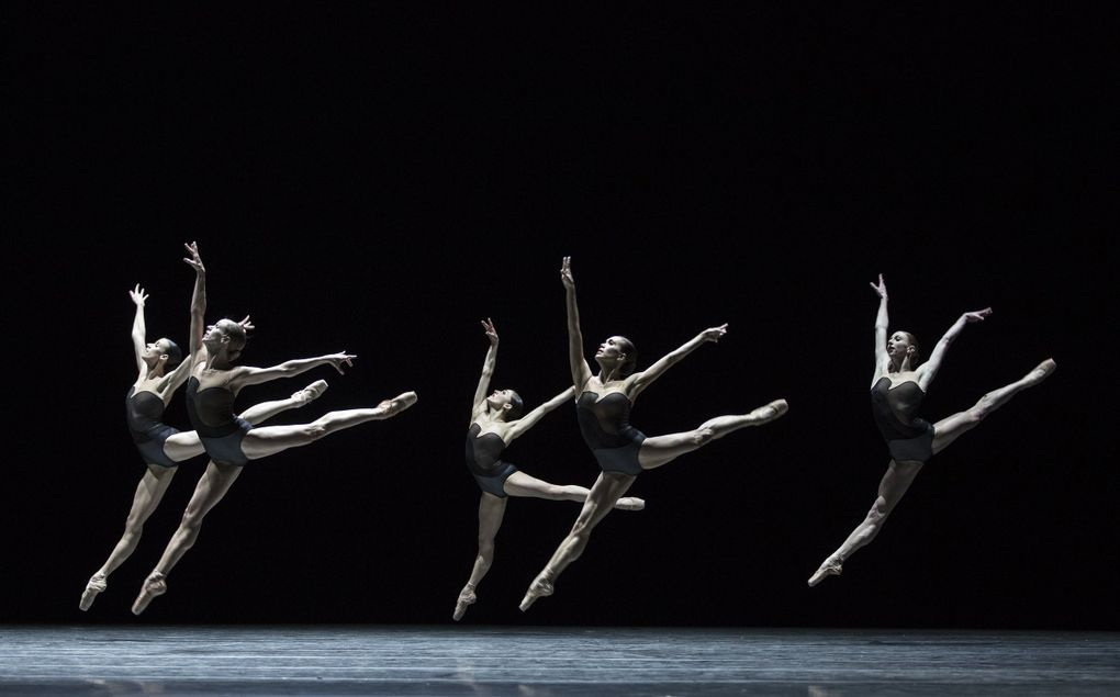 """Pacific Northwest Ballet company dancers, shown  in a 2017 performance of David Dawson's """"Empire Noir,"""" will not be performing that piece, nor  Alejandro Cerrudo's """"One Thousand Pieces,"""" both of  which PNB was scheduled to present March 13-22. The program has been canceled, given the restrictions on public gatherings to slow the spread of the novel coronavirus. (Angela Sterling)"""