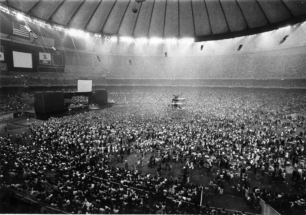 A sellout crowd fills the Kingdome to watch Paul McCartney and Wings in 1976   (Greg Gilbert / The Seattle Times)