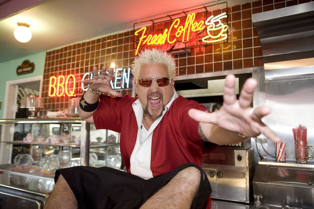 """Food Network's """"Diners, Drive-Ins and Dives"""" host Guy Fieri. (Food Network)"""