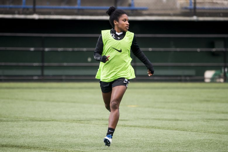 Forward Jasmyne Spencer trains with Seattle Reign FC at Memorial Stadium in Seattle March 19, 2018. (Bettina Hansen / The Seattle Times)