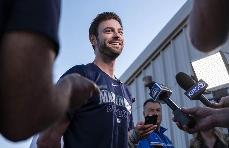 Mitch Haniger is expected to be back in the Mariners' lineup in 2021. (Dean Rutz / The Seattle Times)