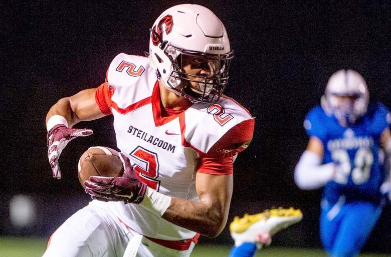 Steilacoom's Emeka Egbuka (2) runs after a catch in the first quarter. Eatonville played Steilacoom at Eatonville High School in Eatonville, Wash., on Friday, Oct. 12, 2018. (Joshua Bessex / The Tacoma News Tribune)