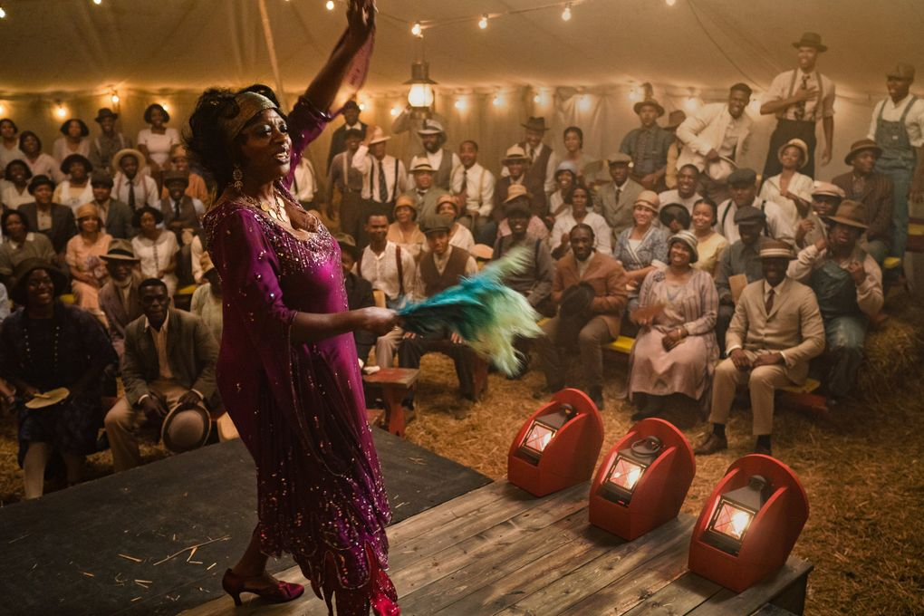"""Viola Davis imbues the title character with weary grandeur in """"Ma Rainey's Black Bottom."""" (David Lee / Netflix)"""