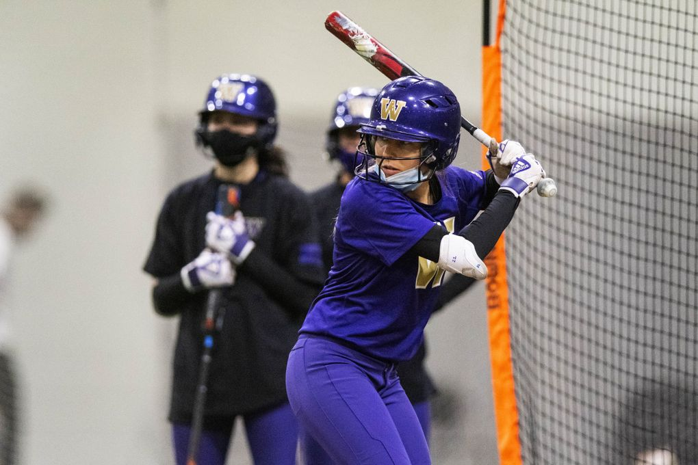 Washington infielder Sis Bates figures to be a leader on the nationally-ranked Huskies this season. (Dean Rutz / The Seattle Times)