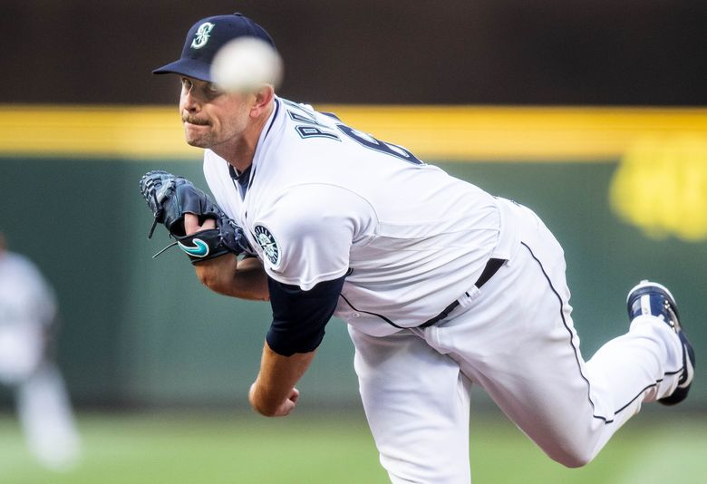 James Paxton is set to return to the Mariners for the upcoming season. (Dean Rutz / The Seattle Times)