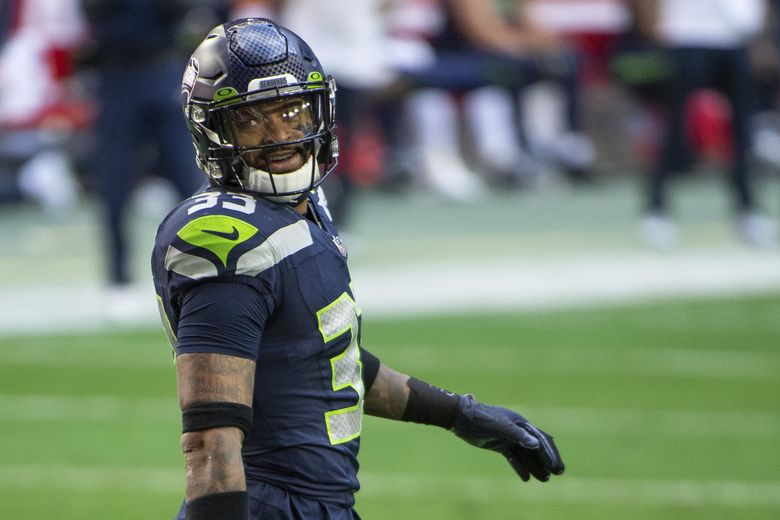 Seahawks strong safety Jamal Adams reacts on the field against the San Francisco 49ers during a game, Sunday, Jan. 3, 2021, in Glendale, Ariz. (Jennifer Stewart / AP)