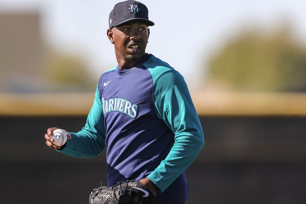 Justin Dunn does defensive drills at spring training Thursday.  The Seattle Mariners held Spring Training camp Thursday, February 25, 2021 at the Peoria Sports Complex in Peoria, AZ. 216470 (Dean Rutz / The Seattle Times)