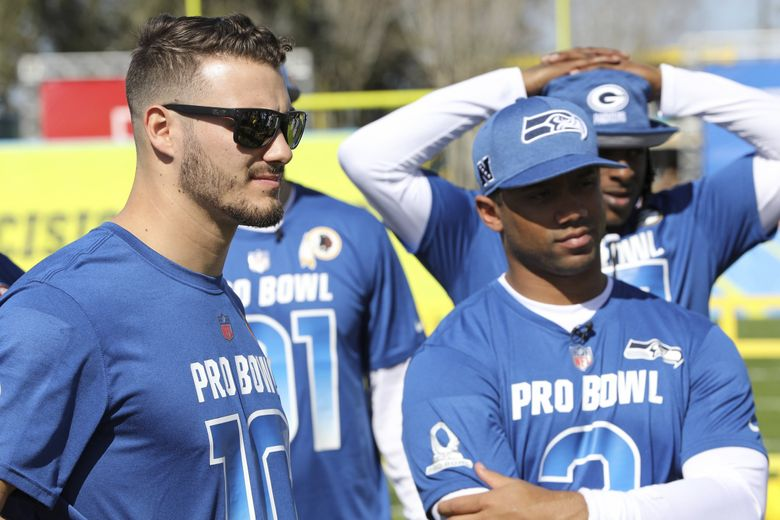 NFC quarterback Mitchell Trubisky #10 is seen with Russell Wilson #3 at the Pro Bowl Skills Challenge, Wednesday, January 23, 2019, in Kissimmee, FL. (AP Photo/Gregory Payan) NYOTK (Gregory Payan / AP)