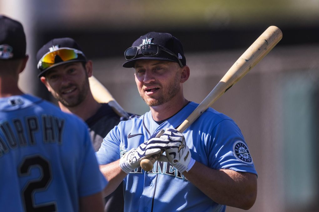 Kyle Seager waits his turn in the cage for batting practice late last month at spring training in Peoria, Ariz. (Dean Rutz / The Seattle Times)