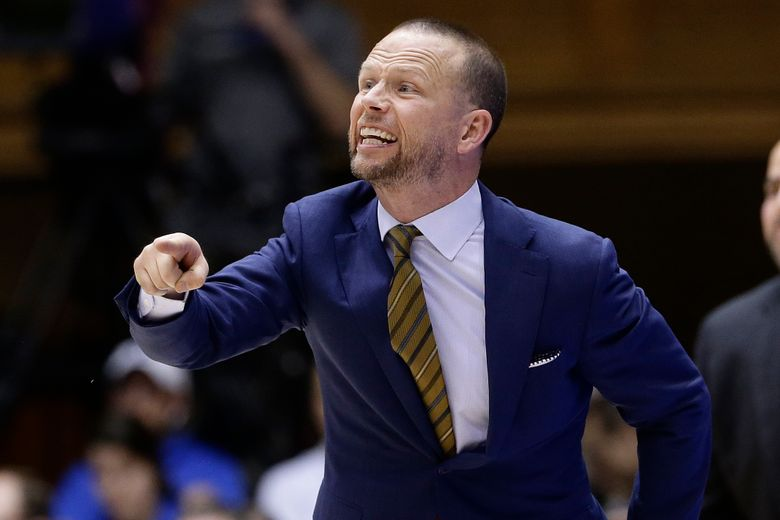 """FILE – In this Nov. 29, 2019, file photo, Winthrop head coach Pat Kelsey directs his team during the second half of an NCAA college basketball game against Duke in Durham, N.C. Winthrop coach Pat Kelsey says he learned his philosophy of basketball while playing for the late Skip Prosser at Xavier in the 1990s. """"He had a famous quote that he said all the time,"""" Kelsey recalled. """"The older he got, the faster he wanted to play. I think that applies to me."""" (AP Photo/Gerry Broome, File)"""