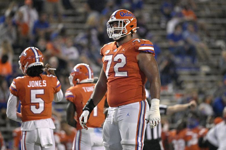 Florida offensive lineman Stone Forsythe (72) sets up for a play during the second half of an NCAA college football game against Arkansas, Saturday, Nov. 14, 2020, in Gainesville, Fla. (AP Photo/Phelan M. Ebenhack) (Phelan M. Ebenhack / AP)